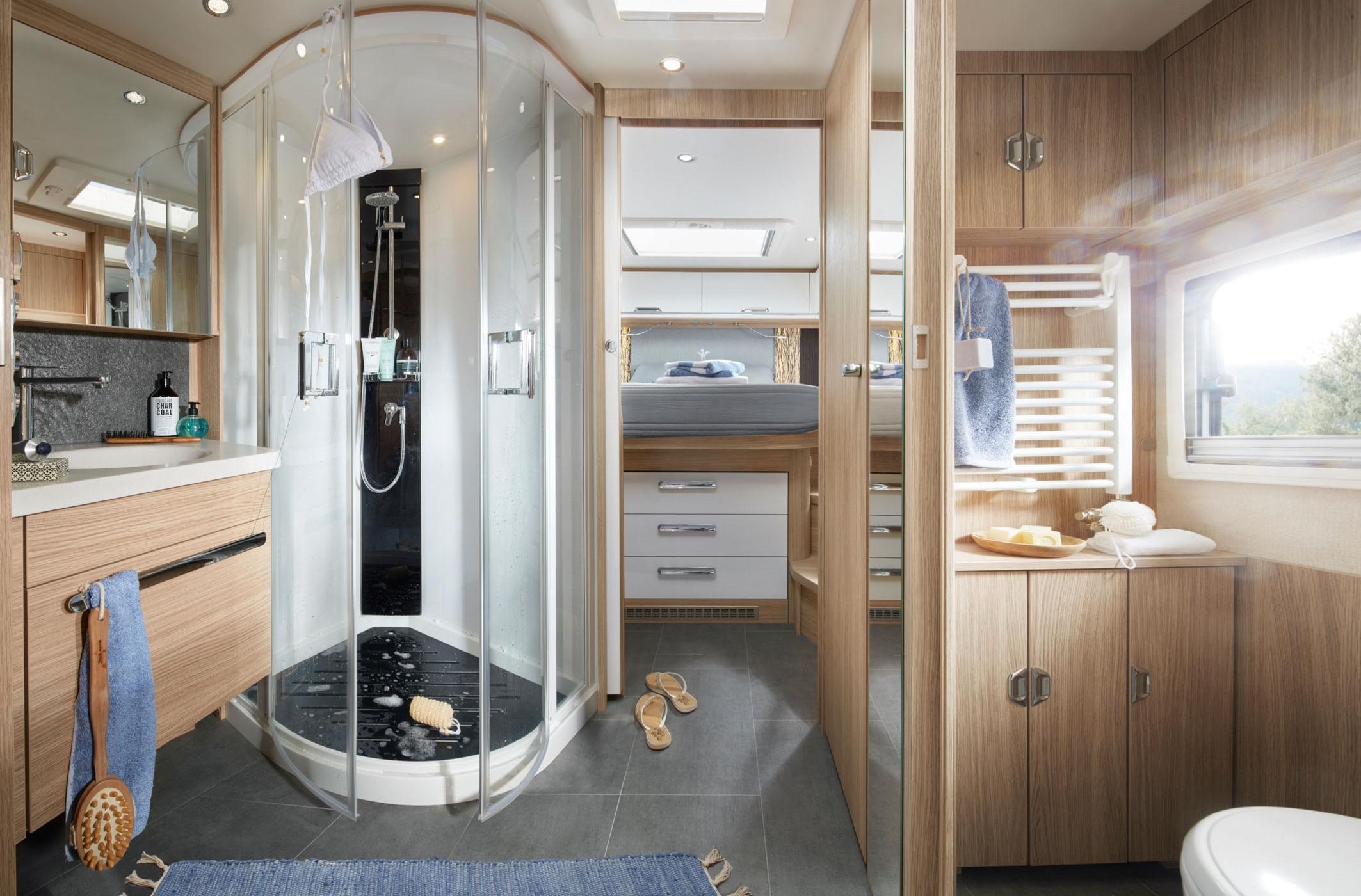 NIESMANN+BISCHOFF - Arto 88LF -  Spacieuse salle de bain luxueuse avec douche wellness