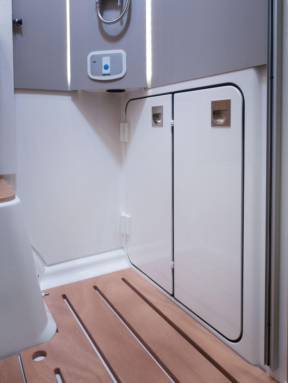 NIESMANN+BISCHOFF - Smove - Eingefahrene Toilette