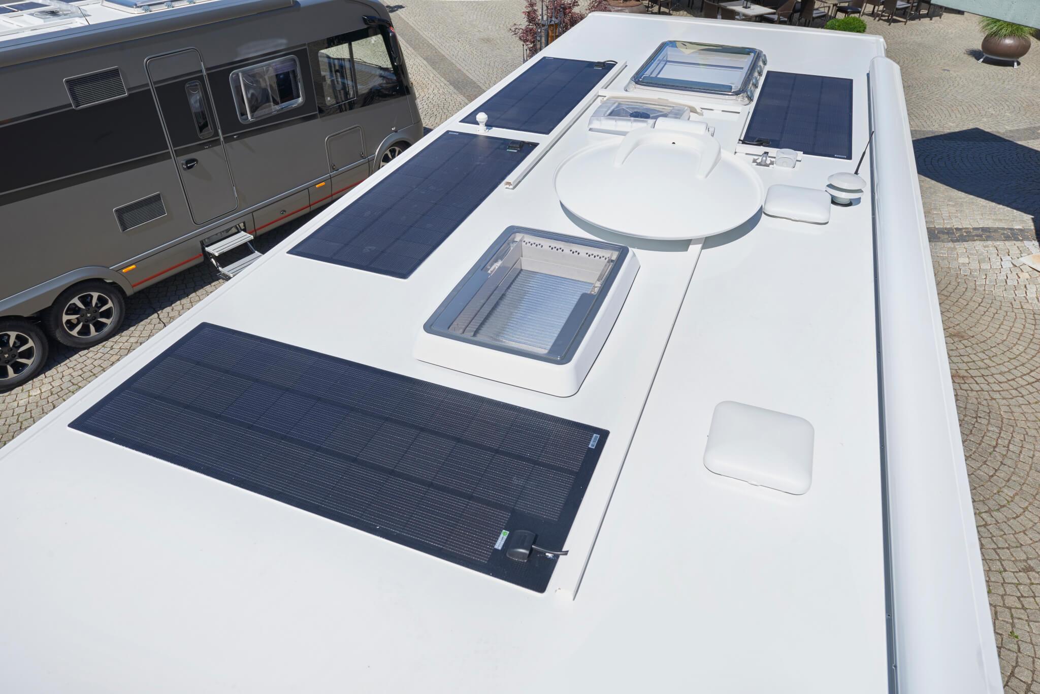 NIESMANN+BISCHOFF - Flair - Flair  920LW - quattre panneau solaire equipement energie lithium