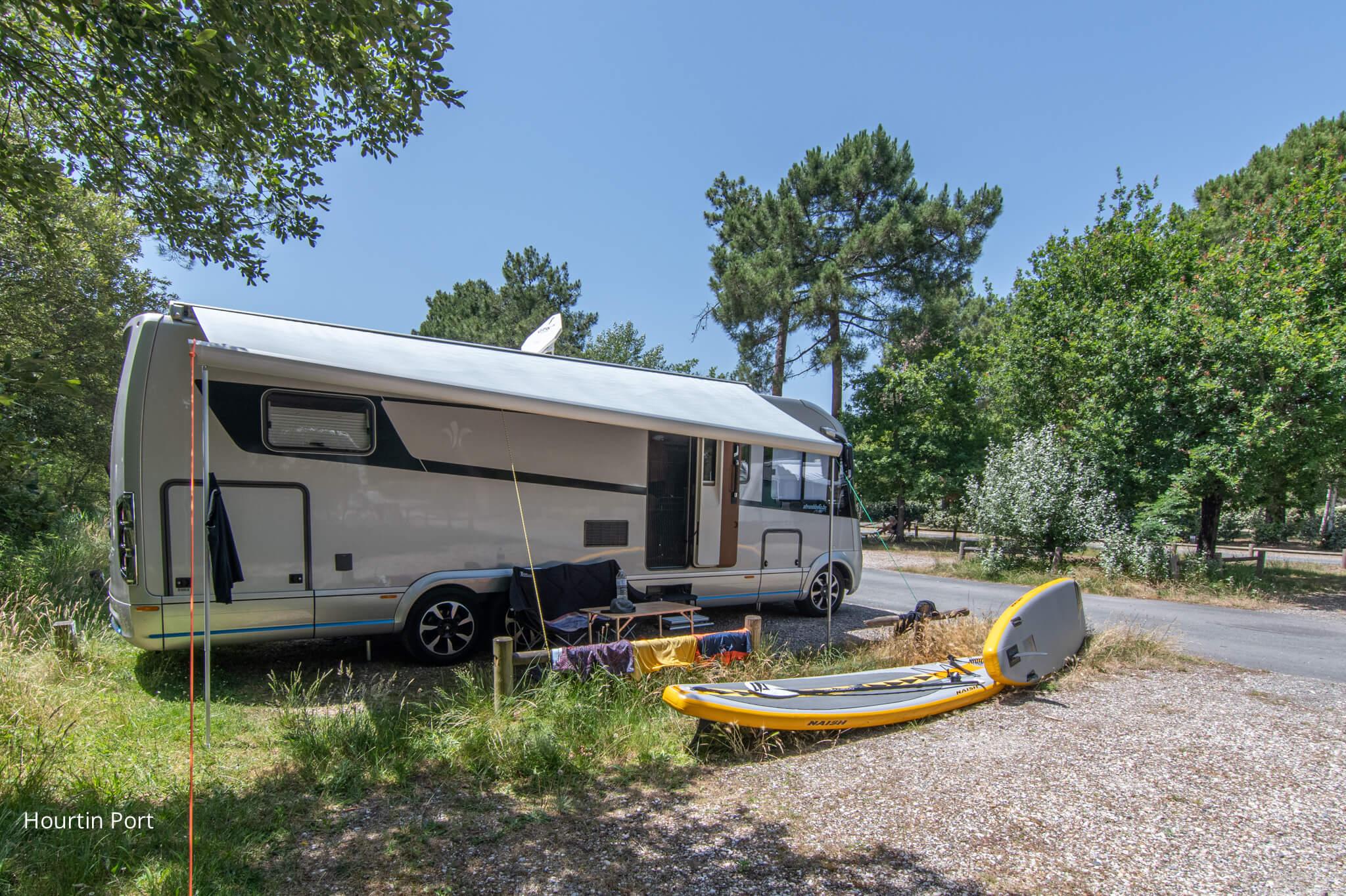 NIESMANN+BISCHOFF - Stranddeko und Marilyn Roadtrip Frankreich-Spanien-Portugal