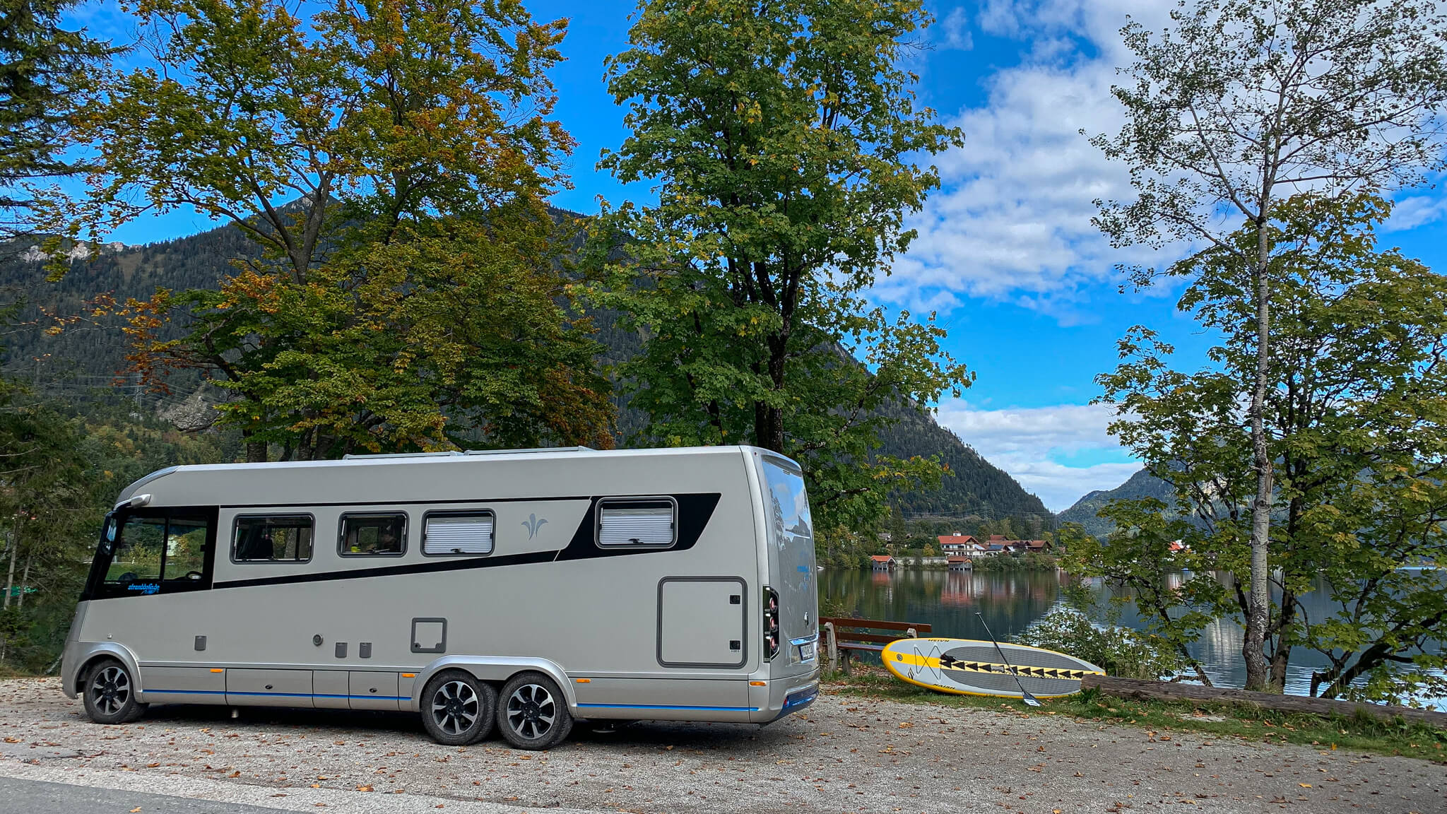 NIESMANN+BISCHOFF - Arto - Marilyn - Camper Van Summit Meeting